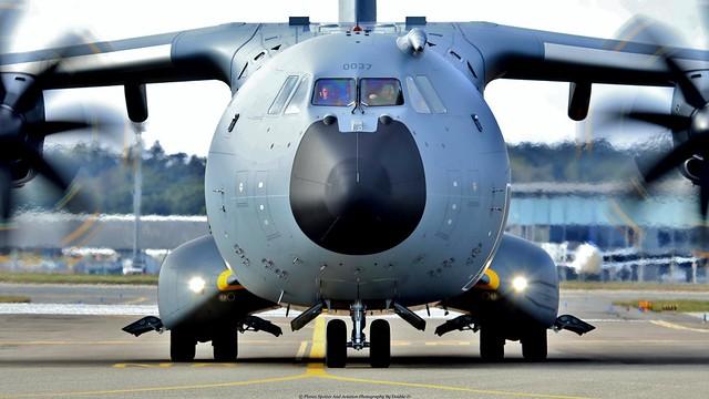 Armée de l'Air Airbus A400M F-RBAJ