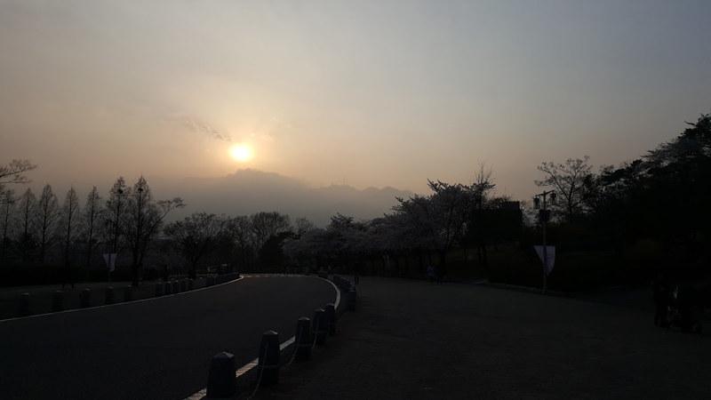 Nguyen, Anna; South Korea - Episode 12 (3)
