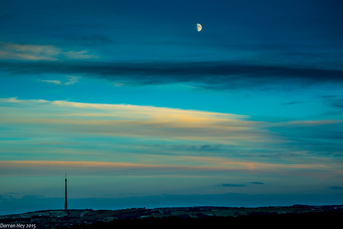 sunset moon night evening yorkshire moonlight emley