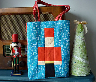 Easy peasy mini tote