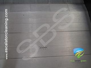 Industriell rengöring av rulltrappor | by SFS Industriell Rengöring
