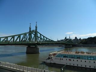BudapestBridge1