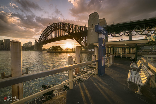 sydney nsw australia sony a7rii samyang 14mm wharf harbour city cityscape landscape sunset wharvesaroundtheworld jeffreystreetwharf jeffreystreet kirribilli sydneyharbourbridge harbourbridge architecture skyline outdoor waterscape ngc brilliant