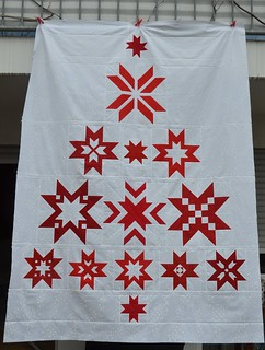 Christmas Tree QAL - Quilttop is done!