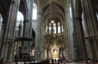 2015-10-09 Votivkirche in Wien