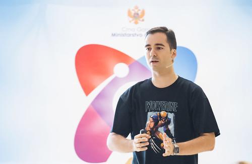 Vladimir Vulic - Delivering a Keynote at Science Open Days 2014 | by vladimir.vulic