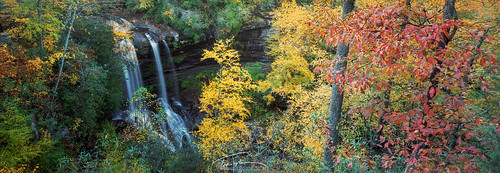 dryfalls highlands northcarolina nc autumn waterfall fall color leaves panorama panoramic 6x17 film ektar100 mountains western
