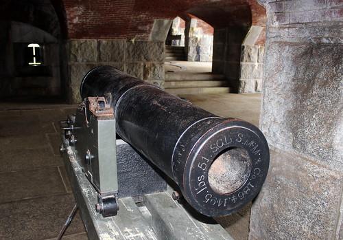 Fort Knox, 32-pounder muzzle