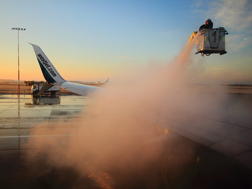 morning plane sunrise airplane edmonton wing alberta westjet 737 deicing yeg