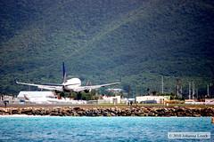 Airplane Landing (Sint Maarten)