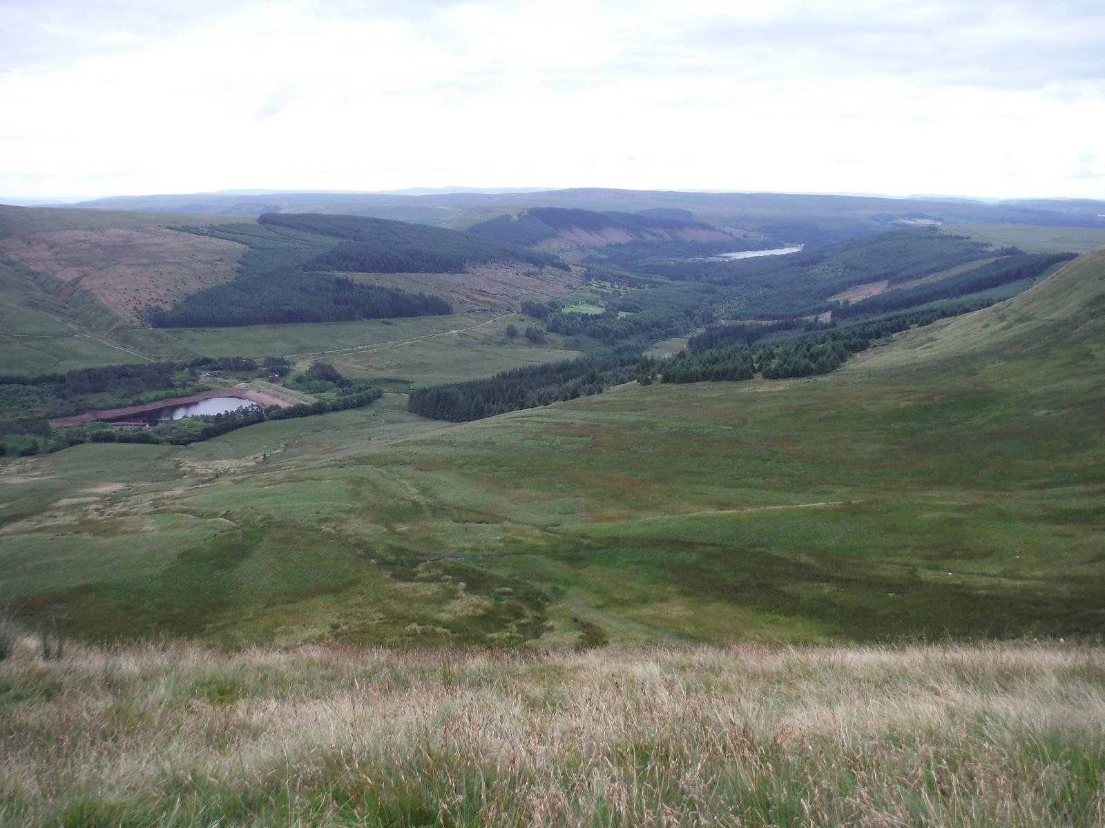 Reservoirs: Neuadd, Pentwyn and Pontsticill SWC Walk 278 Breacon Beacons Horseshoe - Bannau Brycheiniog