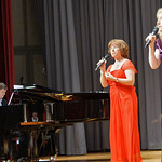 Bruno Scarambone am Klavier und die Solistinnen Melitta Giel und Irmgard Holzinger-Fröhr