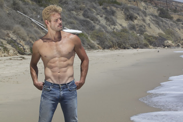 Trevor Donovan shirtless on the beach | Trevor Donovan Fan | Flickr