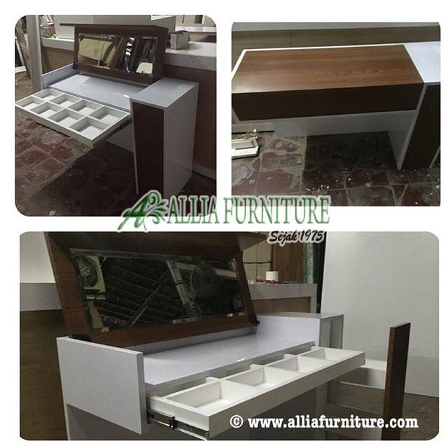 Meja rias kaca minimalis desain terbaru saat ini , produk ...
