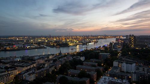 hh hamburg deutschland germany city hansestadt summer skyline cityscape aerialview buildings elbe river bluesky sunset lights hafencity
