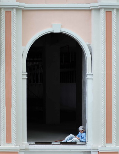travel canon flickr arch philippines 85mm manila minimalist 6d emptyspace ef85mm18usm