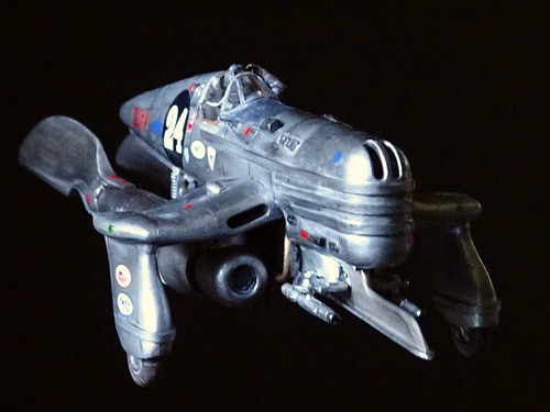 "(Inspired by) Last Exile +++  1:48 Vanship Racer '#24' (Kitbash, Groupbuild 2015 ""Phoxim GrandPrix"" submission) - on black 