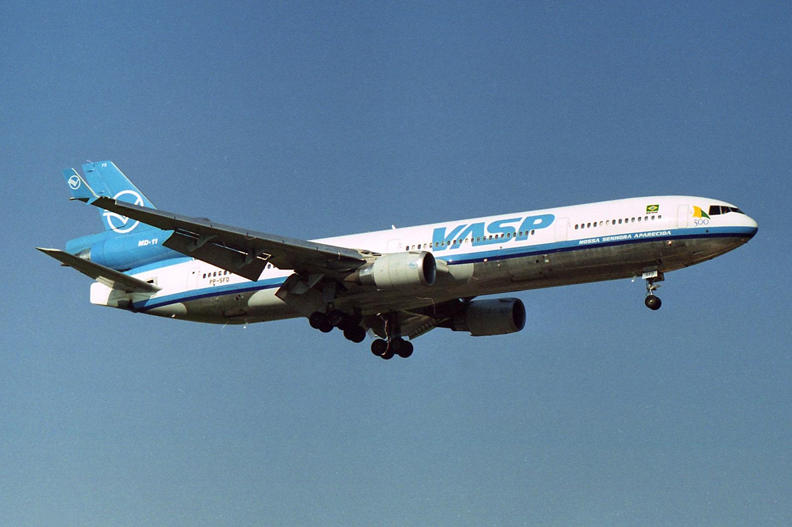 """VASP McDonnell Douglas MD-11 PP-SFD  """"Nossa Senhora Aparecida"""""""