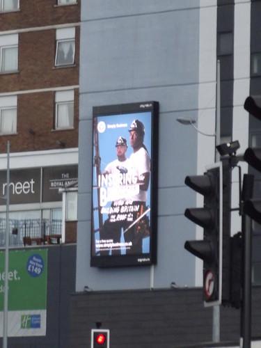 Holiday Inn Express Snow Hill - digital billboard - Buildi ...