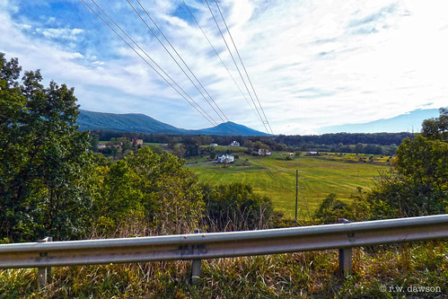 shenandoahcounty va virginia mountains landscape vista farms guardrail 2016