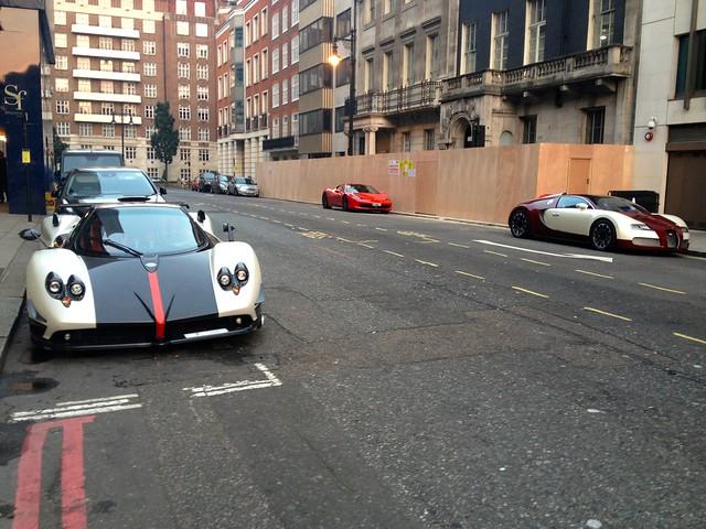 Pagani Zonda Roadster Cinque (3 of 5) Bugatti Veyron Ferrari 458 Italia