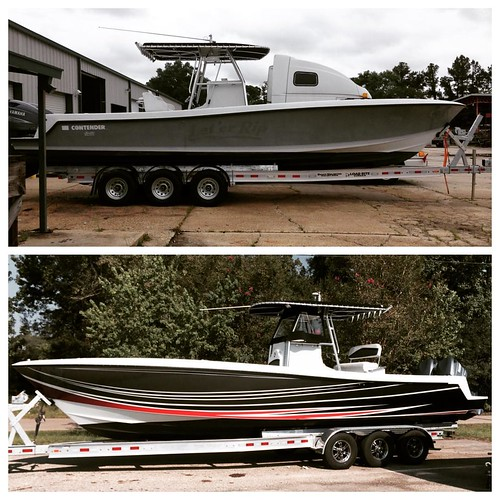 Before and after shots of 31' Contender boat wrap we recently completed. #boatwraps #boatgraphics #contender #contenderboats #vehiclewraps #picturethiswrapped #venicela #nolawraps #3m #fellers @thewrappromoter @thewrapsociety