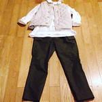 今日のコーディネート 150924 コットンオックスフォードセイルプルシャツ 白 綿ナイロンカーゴパンツ カーキ リップストップナイロンキルトベスト パールグレー #45R