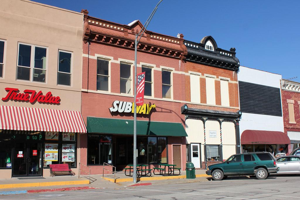 Pawnee City Nebraska >> Shellhorn Davis Left And Joy Eckman David Bank Buil
