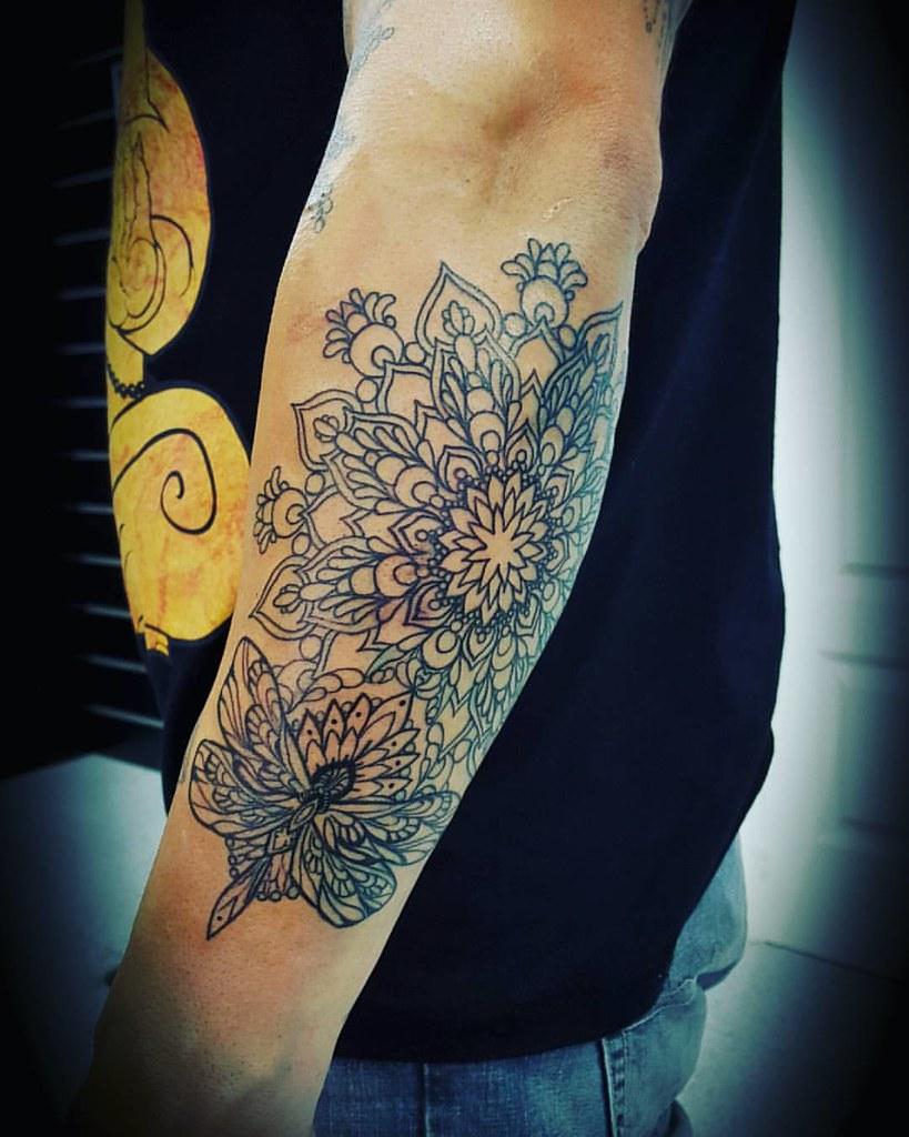be4442c9f ... #mandala #tattoome #tattoome01 #tattoo #tatuaje #Ink #art #love