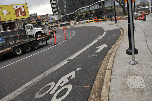 New raised bikeway on Couch Curve-1.jpg | by BikePortland.org