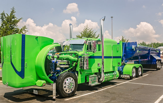 2015 Peterbilt 389 and 2015 Amorlite trailer at the 34th annual Shell Rotella SuperRigs truck beauty contest in Joplin Missouri