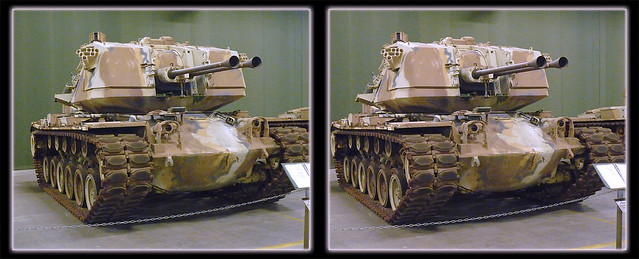 Danville AAF Tank Museum American M247 Sergeant York DIVAD Tank 2 - Cross-eye 3D