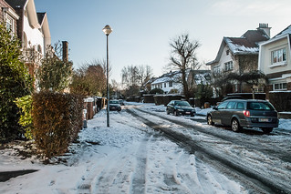 DESPITE THE SNOW IT WAS A BEAUTIFUL DAY [BRUSSELS - STOCKEL AREA]-123782