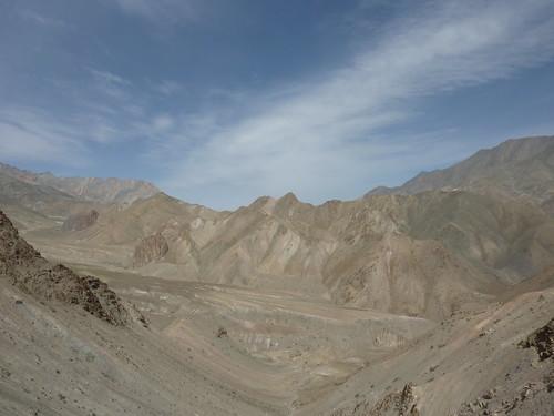 himalaya mountain desert india ladakh kashmir prinkiti la pass