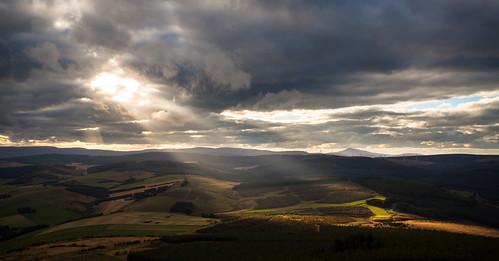 cabrach merdrum rhynie taponoth clouds garioch rays sky sunset scotland unitedkingdom