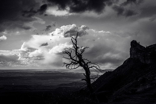 usa mesaverde storm nationalpark deadwood montezumacounty clouds unitedstates colorado sky plateau blackandwhite bw monochrome lumix dmcfz1000