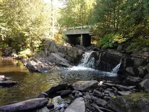 water waterfall rocky stream usa maine doverfoxcroft dot bridge roadway roadcrossing creek blackstream knowltonmillsroad outdoor