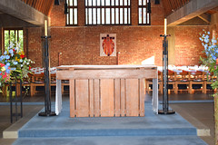 altar (George Pace, 1968)