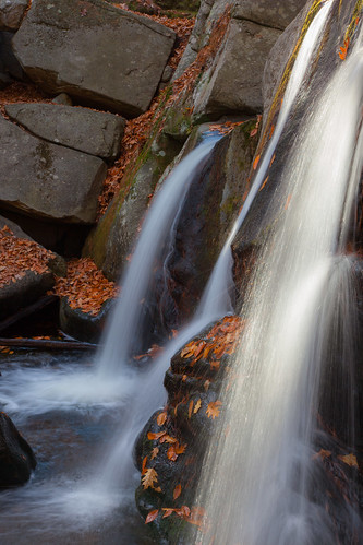 willardbrook trapfalls ashbyma fall autumn newengland canon5dmarkii flow