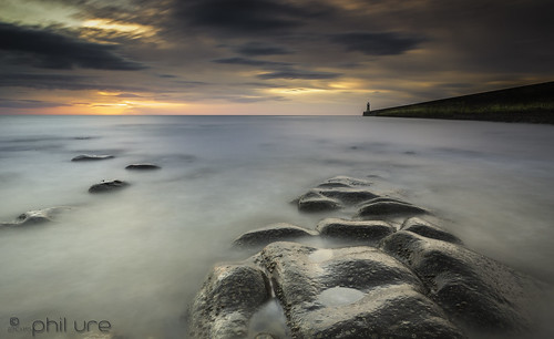sky clouds sunrise canon landscape rocks le northsea lee northeast tynemouth northeastengland tynemouthpier canon6d littlestopper