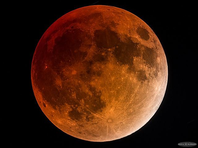 High-Resolution Total Lunar Eclipse