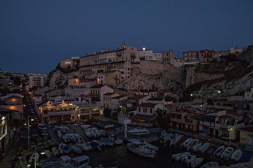 marseille méditerranée france frensh vue paysage paca picture ville view ciel cloud pentax k7 nuit lune moon