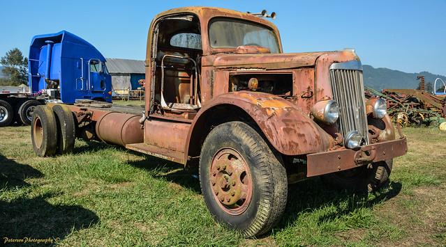 Blue Heron French Cheese Company Vintage Trucks, Cars & Farm Machinery