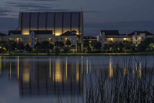 70300mm avemaria avemariauniversity catholic colliercounty d750 florida nikkor nikon oratory apartments bluehour chiesa church condos kirche lake longexposure pond reflection water église