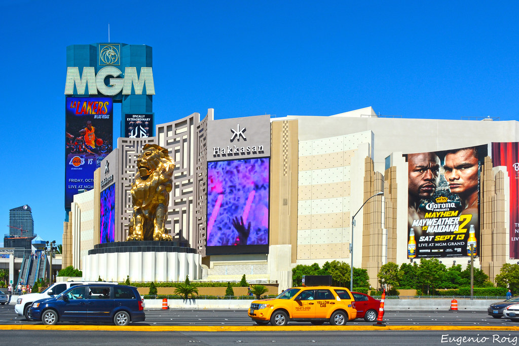 2add1e1d4306f MGM Grand. Las Vegas. | September 15, 2014 | Roig61 | Flickr