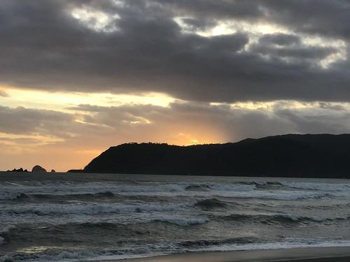 sunrise waves surf surfing capital baler philippines