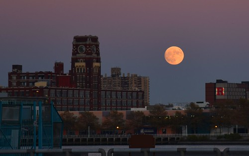 moon supermoon philadelphia pennslanding nikond750 shutterpriority delawareriver lowlight rca camden supermoon2016 rutgers sunset moonrise gradient sky