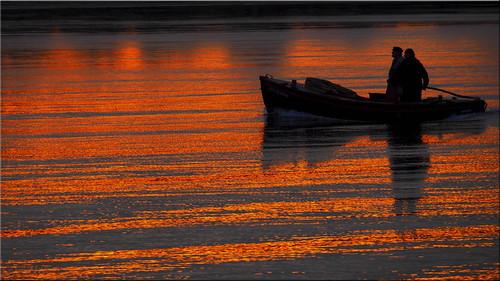 deu deutschland geo:lat=5399554998 geo:lon=1080941973 geotagged niendorf schleswigholstein timmendorferstrand ostsee balticsea fischerboot fishingboat fischer spiegelungen reflections wasser water fishermen