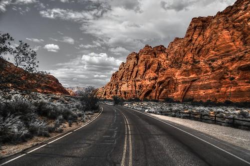 red cliffs desert reserve st george utah usa america amerika outdoor nature landscape road selective color canon 6d ef24105mmf4lisusm rik tiggelhoven travel photography snow canyon state park sp