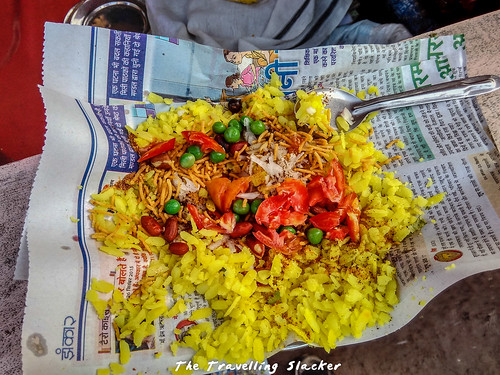 Poha at Morena Bus Stand | by travelling slacker